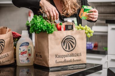 Pieni toimija suurella sydämellä – Verkkoruokakauppa Kauppahalli24 haluaa auttaa menestyksensä tiellä myös muita toimijoita